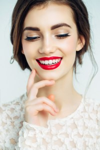 What can my cosmetic dentist in Upper Arlington do for me?